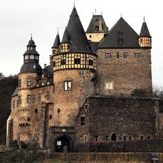 Some guy on flickr took this marvelous shot of Burresheim Schoss outside of Mayen, Germany. I think it's the first castle that I ever saw.  Thanks!
