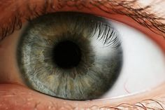 New stem cells-based treatment might come to help people with eye problems