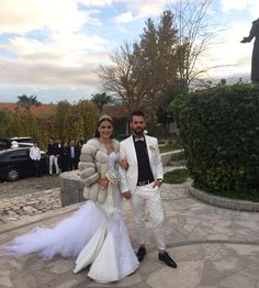 Moj mužić ❤️😍💋 Wedding Fur, White Fox, Fur Coats, Bride, Wedding Dresses, Instagram, Sneakers, Fashion, Photos