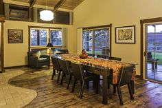 Dining Room #viewofvines