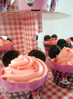 Le voyage du gateaux:       Η τούρτα της minnie, τα cakepops και τ... Cupcakes, Sweet, Desserts, Food, Travel, Candy, Tailgate Desserts, Cupcake Cakes, Deserts