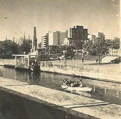 Gôndulas-no-Jardim.jpg (422×415) - data incerta, anterior a 1950, gôndolas no Jardim de Alah,  no Rio de Janeiro