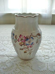Antique Italian Reinassance Angels Ceramic Decorative Bowl with Lid Royal Sealy Japan Floral Kitchen Decor Kitsch Elegant Dishware