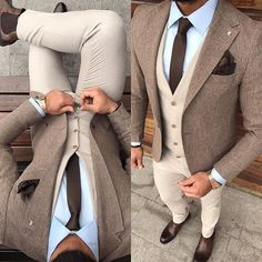 Solid brown skinny necktie, tan waistcoat, tweed jacket, light blue shirt - Tap the link to shop on our official online store! Mode Masculine, Mode Man, Light Blue Shirts, Herren Outfit, Wedding Men, Man Suit Wedding, Tweed Wedding Suits, Trendy Wedding, Wedding Tuxedos
