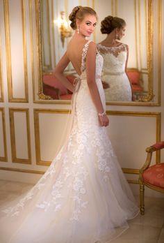 Stella York, style 5932 http://www.weddingwire.com/wedding-photos/dresses/stella-york/i/7964aa3ce11bf776-8a6963287239c086/aa7f2a3fb8c5c750