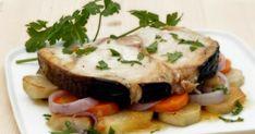 ΚΥΡΙΩΣ ΠΙΑΤΟ | Συνταγή για ξιφία λεμονάτο φούρνου με πατάτες και καρότα