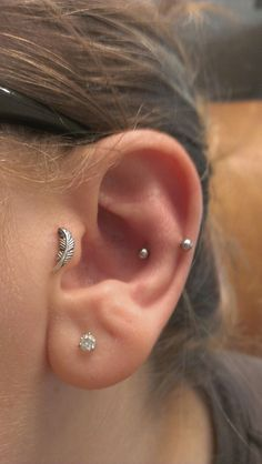 Find Snug Piercing information about healing, costs, jewellery, pain and after-care together with 32 beautifully inspirational snug piercing examples.