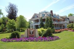 11 Little Known Inns In Ohio That Offer An Unforgettable Overnight Stay        1. Sebring Mansion Inn and Spa (Sebring)