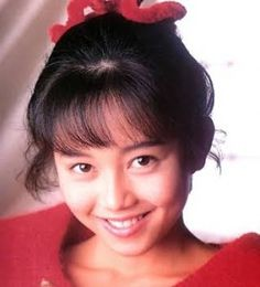 Yui Asaka (浅香 唯 Asaka Yui?, born December 4, 1969)[1] is a Japanese actress, a J-Pop singer, and an idol who came to fame in the 1980s. 浅香唯の昔のかわいい画像まとめ!子供や旦那の画像もアリ!のサムネイル画像