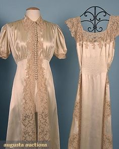TROUSSEAU LINGERIE SET, 1930s Negligee & peignoir in cream silk satin w/ peek-a-boo lace sides, both pieces trained.