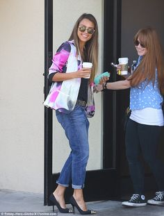 Hair, Glasses, Jacket, Shoes.... Love her style