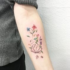 Amazing Book Tattoo Ideas The Sprouting Plants Tattoo. The Sprouting plants tattoo from the book is the one that needs a shot.The Sprouting Plants Tattoo. The Sprouting plants tattoo from the book is the one that needs a shot. Cute Small Tattoos, Pretty Tattoos, Tattoos For Women Small, Beautiful Tattoos, Diy Tattoo, Tattoo Fonts, Tattoos For Women Flowers, Flower Tattoos, Tattoo Buch