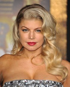Pin for Later: Master the Art of the Perfect Retro Waved Hairstyle Fergie