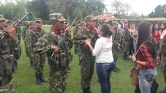 Se cumplió ceremonia  entrega  de armas en la Octava Brigada