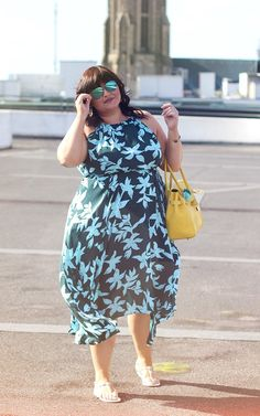 CONQUORE · The Fatshion Café Plus Size Blog: summer freedom with my new favourite dress from h&m+