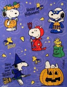 Take me to your treats! More halloween snoopy Snoopy Halloween, Halloween Cartoons, Halloween Chat Noir, Charlie Brown Halloween, Great Pumpkin Charlie Brown, Fröhliches Halloween, Snoopy Christmas, Halloween Stickers, Cartoon Halloween Pictures