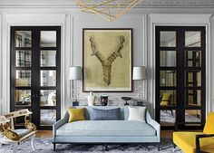 For the drawing room of a London apartment, ELLE Decor A-Lister Jean-Louis Deniot opted for a blue sofa from his collection for George… French Interior, Home Interior, Interior Design, Classic Interior, Interior Ideas, London Townhouse, London Apartment, Drawing Room, Small Rooms