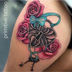 You Can Enjoy wrist tattoo With These Useful Tips Pretty Tattoos, Unique Tattoos, Cute Tattoos, Beautiful Tattoos, Body Art Tattoos, Small Tattoos, Awesome Tattoos, Sexy Tattoos, Tatoos