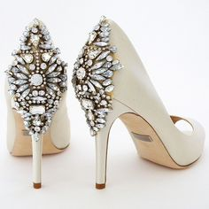 """Badgley Mischka Nilla in ivory. A new spectacular back ornament on a  very sexy cut """"peep toe"""" pump. Similar to her sister Kiara, but on a lower heel.  Hooray! See more here: https://perfectdetails.com/Nilla-ivory.htm"""