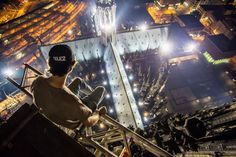 These Russian skywalkers climb the world's tallest structures with no equipment.