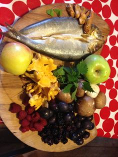 More Foraged food all ready for a wild food demo with the Children in The Glen of The Red River