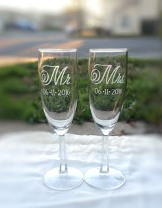 Mr and Mrs Champagne Flutes with Wedding Date, Mr and Mrs Toasting Glasses, Wedding Toast, Wedding Champagne Glasses by EVerre on Etsy