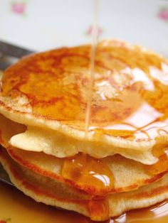 breakfast pancakes #food #breakfast For guide + advice on healthy lifestyle, visit http://www.thatdiary.com/