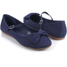 Canvas Mary Jane Flats (23 AUD) ❤ liked on Polyvore featuring shoes, flats, sapatos, sapatilhas, forever 21, women, canvas mary janes, round toe flats, strap flats and canvas shoes