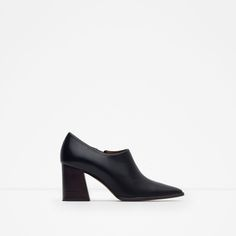 ZARA - WOMAN - LEATHER ANKLE BOOT STYLE SHOES