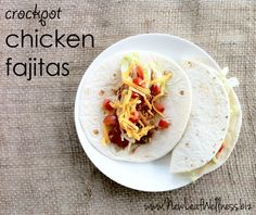 Five chicken crockpot recipes - chicken fajitas