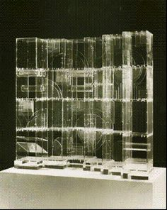 Art in Context - Louise Nevelson - Ice Palace 1 - 1967