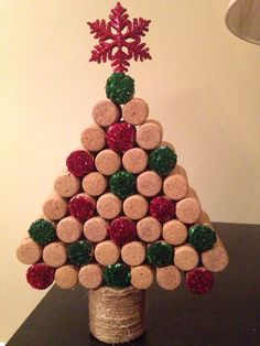 Christmas tree made out of wine corks from our wedding reception Wine Craft, Wine Cork Crafts, Wine Bottle Crafts, Wine Bottles, Cork Christmas Trees, Recycled Christmas Tree, Wine Cork Ornaments, Snowman Ornaments, Wine Cork Projects
