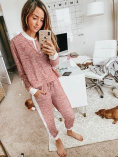 28 Lazy Day Home Outfits To Wear This Weekend – Trendy Fashion Ideas Lazy Day Outfits, Casual Outfits, Friday Outfit, Pajama Outfits, Cotton Sleepwear, Best Black Friday, Home Outfit, Weekend Wear, Comfortable Fashion