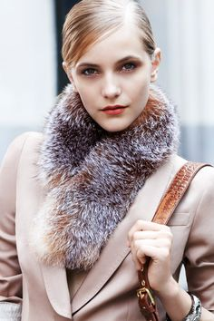 Fur pull-through scarf