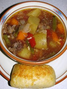 An awesome way to use your leftover prime rib bones in a hearty beef and barley soup! Prime Rib Soup, Prime Rib Recipe, Prime Rib Roast, Prime Rib Dinner, Rib Recipes, Soup Recipes, Cooking Recipes, Budget Cooking, Leftover Prime Rib