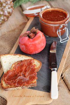 Marmellata di cachi e cannella Vegan Vegetarian, Vegetarian Recipes, Cooking Recipes, Romanian Food, Beautiful Fruits, Love Food, Delicious Desserts, Food Porn, Food And Drink