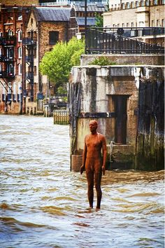 Antony Gormley, Statue Limehouse Reach 2013 on ArtStack #antony-gormley #art