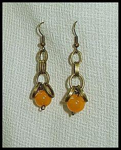 El Secreto Encanto De La Diva Crystal beads and bronze. A nice pair of earrings  - http://elsecretoencantodeladiva.blogspot.com.ar