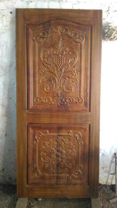 Front Door Design Wood, Wooden Door Design, Wooden Doors, Single Main Door Designs, Two Panel Doors, Furniture Legs, Antique Furniture, Door Design Interior, Wood Carving Designs