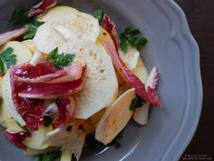 Salata cu andive rosii, mar si ridichi negre.  Red chicory, apple and black radish salad by Ottolenghi from Nopi.