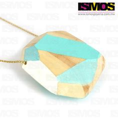 ISMOS Joyería: dije de madera policromada // ISMOS Jewelry: polychromed wood pendant