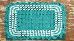 Tapete Bicolor em Crochê - Keilla Spano