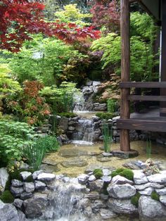 Japanese Garden Chelsea 2013 > Love the way the pond goes under the porch!