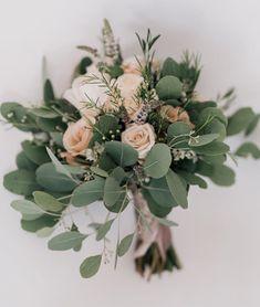 our wedding ideas Wedding Reception Flowers, Bridal Flowers, Flower Bouquet Wedding, Floral Wedding, Spring Wedding, Our Wedding, Dream Wedding, Wedding Ideas, Flower Decorations