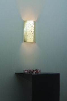 New from CTO Lighting for the Constellation wall sconce's peppered brass creates a beautiful effect, delighting any onlooker. W x H Structure in polished brass Handmade in England Modern Lighting, Lighting Design, Sitting Room Lights, Ibiza, Fritted Glass, Lampe Applique, Ceiling Fixtures, Polished Brass, Innovation Design
