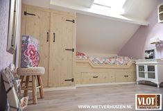 Bekijk dit project: Knusse meisjeskamer van Vlot Timmerbedrijf (http://www.nietverhuizen.nl//projecten/130/knusse-meisjeskamer)