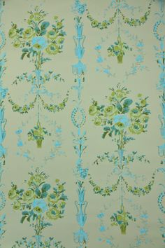 1950's Vintage Wallpaper - Victorian Floral Design with Vases of Roses in Blue and Green