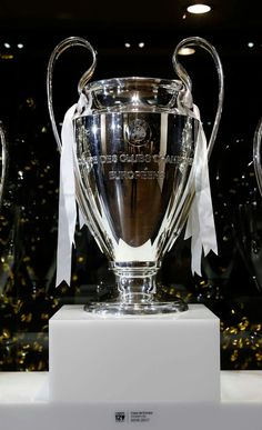The European Cup Football Daily, British Football, Football Icon, Real Madrid Football, Best Football Team, Manchester United Football, Liverpool Football Club, European Football, Black Dodge Charger