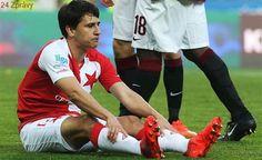 Viděl jsem nohu, pak jsem spadl na zem, popisoval Mingazov penaltu