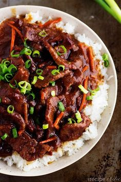 Slow Cooker Mongolian Beef Beef that slow cooks to tender melt in your mouth perfection. This takes minutes to throw into the crockpot and & The post Slow Cooker Mongolian Beef appeared first on Gastronomy and Culinary. Crock Pot Slow Cooker, Crock Pot Cooking, Slow Cooker Recipes, Meat Recipes, Cooking Recipes, Recipies, The Recipe Critic Slow Cooker, Cooking Ingredients, Crock Pots